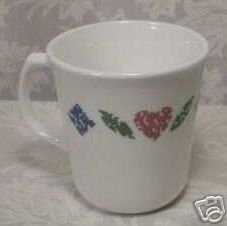 CORNING CORELLE QUILT TAPERED MUGS -SET OF 4