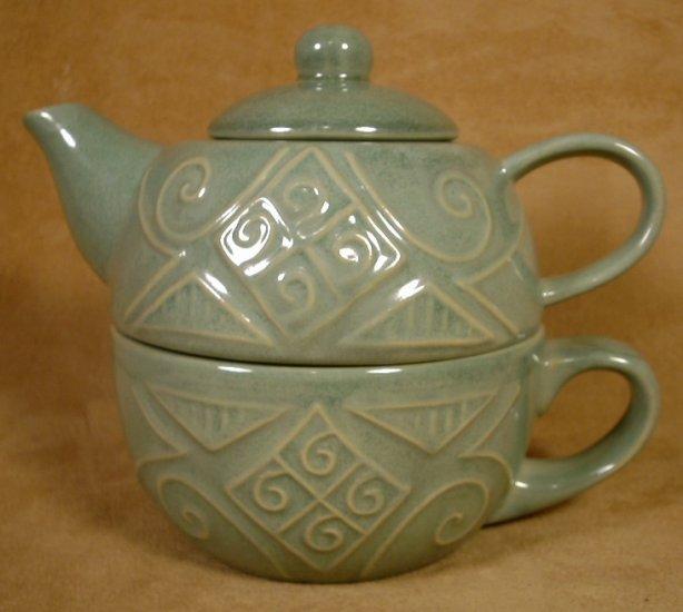 PIER 1 TEA FOR 1 STONEWARE TEAPOT W/CUP GREEN DESIGNED