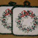 PFALTZGRAFF HOLLY & BERRY WREATH  POT HOLDERS SET OF 2 *SHIPS FREE*