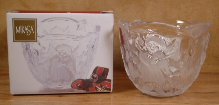 MIKASA HOLIDAY LIGHTS CRYSTAL VOTIVE CANDLE HOLDER *NIB*