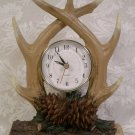 HOME & GARDEN PARTY NORTHWOODS TABLE CLOCK ANTLERS *EUC*