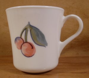CORELLE FRUIT BASKET/TOO 2 TAPERED MUGS CUPS *VGC*