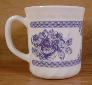 ARCOPAL FRANCE HONORINE BLUE FLORAL MUGS CUPS *EUC*