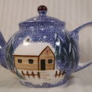 COOKS BAZAAR HOLLY MOUNTAIN LODGE 1½ QT HOLIDAY TEAPOT