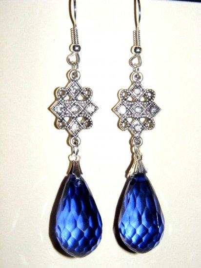 Gorgeous Victorian Inspired Dangle Teardrop Earrings