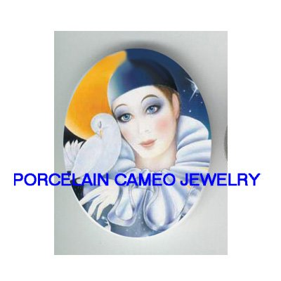FRENCH PIERROT MIME WITH DOVE * UNSET CAMEO PORCELAIN CABOCHON