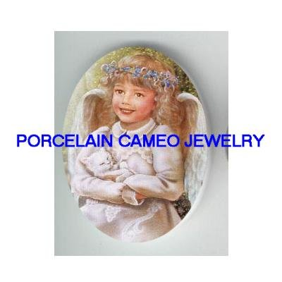 ANGEL HOLDING SLEEPING WHITE KITTY CAT* UNSET CAMEO PORCELAIN CAB