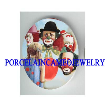 4  CIRCUS CLOWN WITH GIRL * UNSET CAMEO PORCELAIN CAB
