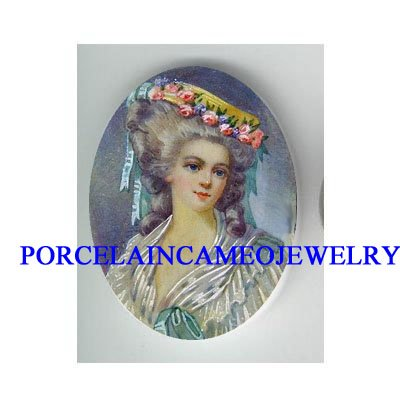 QUEEN MARIE ANTOINETTE ROSE UNSET CAMEO PORCELAIN CAB