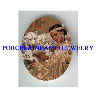 NATIVE AMERICAN INDIAN PRINCESS CUDDLING BABY WOLF CUB * UNSET CAMEO PORCELAIN CAB