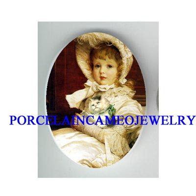 *VICTORIAN  GIRL HOLDING SLEEPY KITTY CAT * UNSET CAMEO PORCELAIN CAB