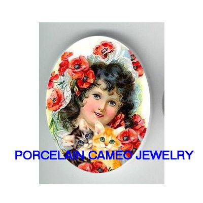 VICTORIAN POPPY GIRL WITH 2 KITTY CAT UNSET CAMEO PORCELAIN CAB