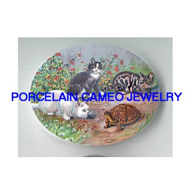 3 KITTY CAT PLAYING WITH TURTLE* UNSET PORCELAIN CAMEO CAB