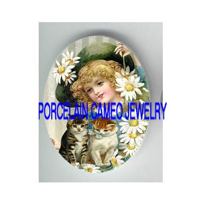 VICTORIAN DAISY GIRL WITH 2 KITTY CAT  * UNSET PORCELAIN CAMEO CAB