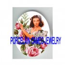 GONE WITH THE WIND SCARLETT VICTORIAN ROSE PORCELAIN CAMEO CAB