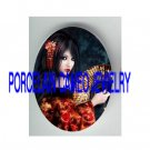 JAPAN GEISHA BLACK HAIR LADY WITH FAN* UNSET PORCELAIN CAMEO CAB