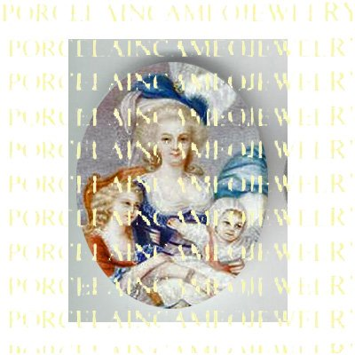 FRENCH QUEEN MARIE ANTOINETTE WITH HER CHILDREN * UNSET PORCELAIN CAMEO CAB