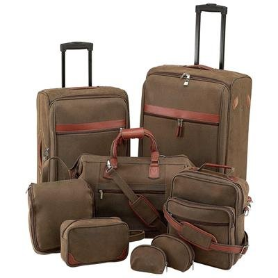 Gigi Chantal� 8pc Luggage Set