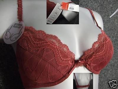 36c Triumph delicate temptation burgundy padded bra BN
