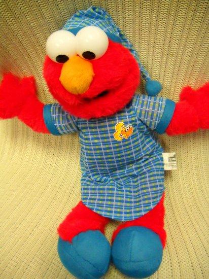 Sesame Street Nanco Sleep Tight Elmo Plush 2006 (HC20)