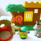 Fisher Price Mattel Little People Robin Hood Forest Hideout Hard To Find 2003 (HC29)