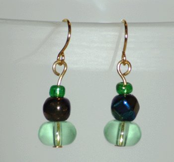 Green Glass Reflective Faceted bead Green Seed Bead Handcrafted Gold Tone Drop Earrings LKJ