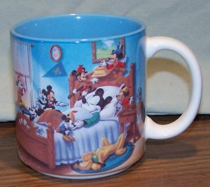 MICKEY MOUSE �Through The Years� Mug / Cup