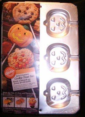 Wilton Jack-O-Lantern Pumpkin COOKIE Cake Treat PAN 2105-8100 NIP Cookie Bouquet