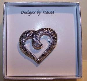 Open Heart Shape Silver Tone Filigree Pin with Crystals � NIB