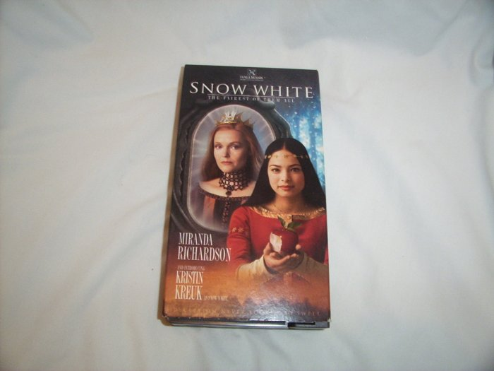 Snow White - The Fairest of Them All (2002) VHS