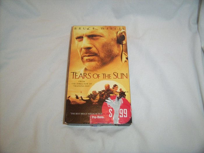 Tears of the Sun (2003) VHS