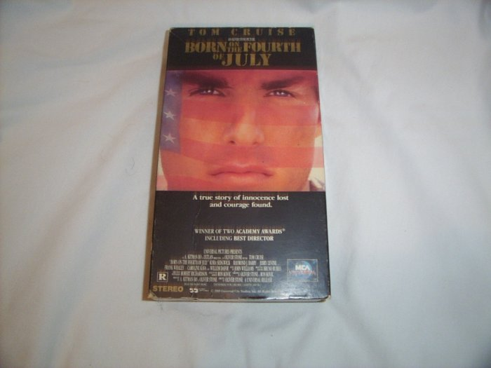 Born on the Fourth of July (1989) VHS