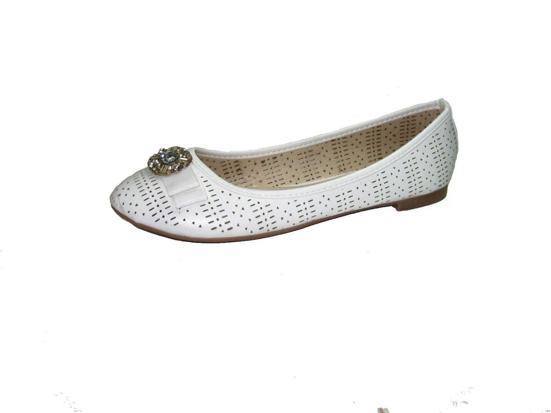 Top Moda SB-25 ballerina flats slip on pumps rhinestone bejeweled bow toe shoes white size 5