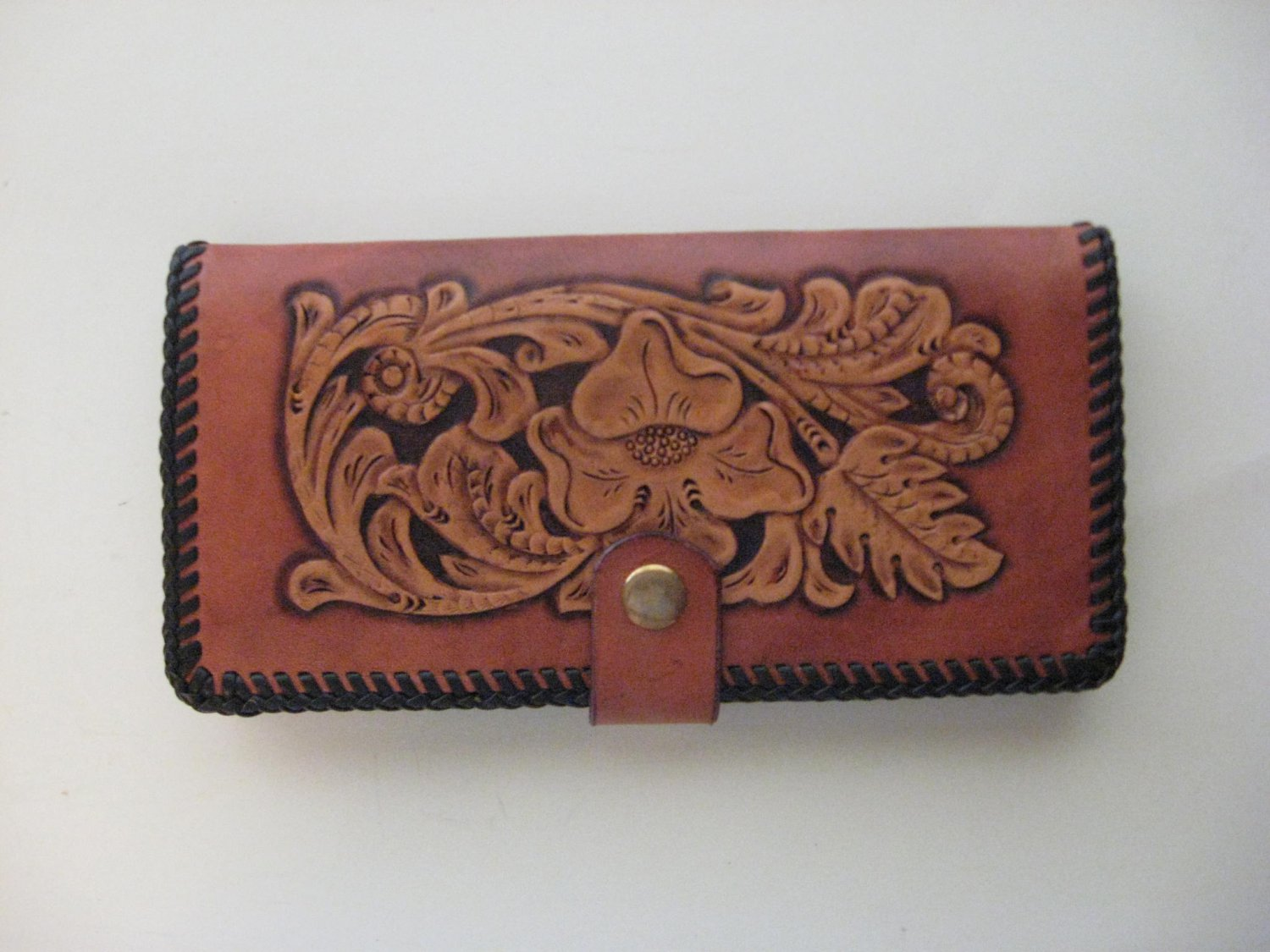 Deluxe Checkbook Cover, Light Mahogany Finish, Brown Lacing, Handtooled Leather C0003
