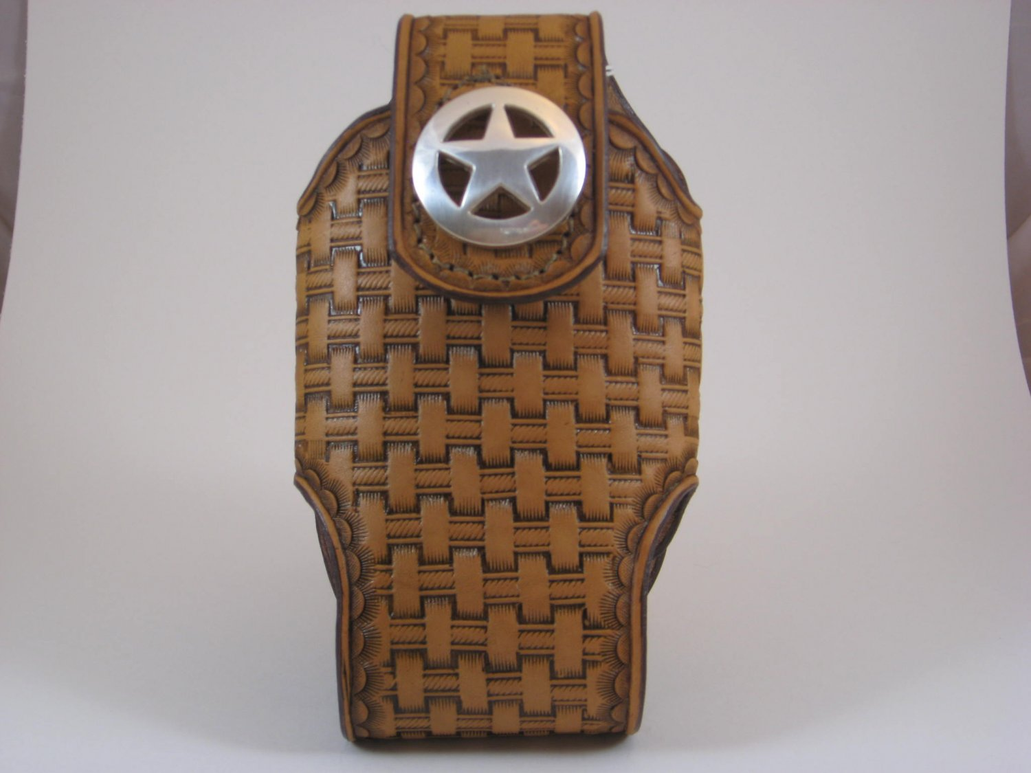 Cell Phone Holder, Medium, Handtooled Leather Case, Tan Basketweave, Texas Star Concho P0005