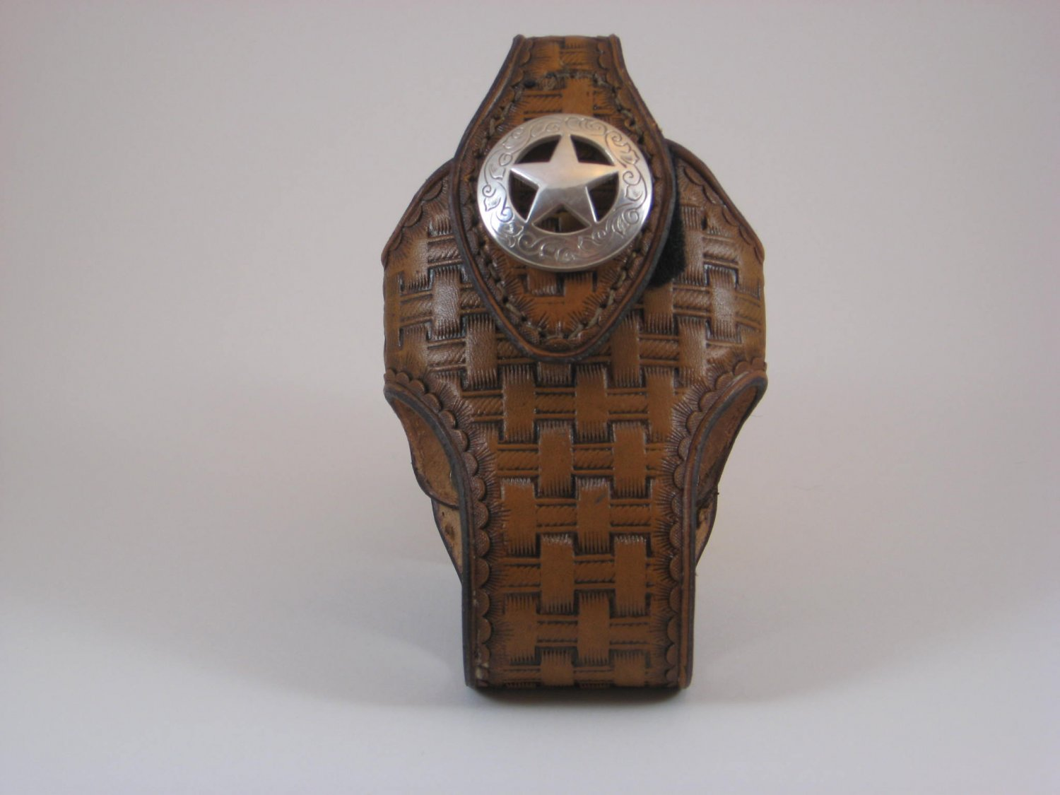Cell Phone Holder, Handtooled Leather Case, Lt. Brown Basketweave, Texas Star Concho P0001