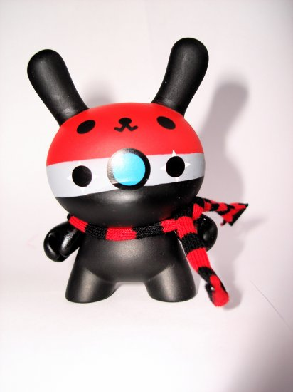 Dunny Series 5: Devil Robot