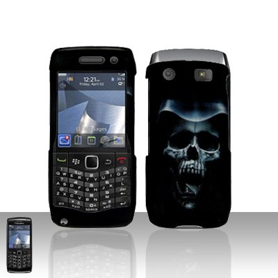 Blackberry Pearl 3G 9100 Hooded Skull Cover Case Snap on Protector