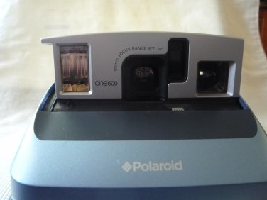 Polaroid One600 Classic Instant Film Camera