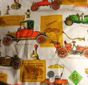 """Large Print Old Cars Cotton VINTAGE FABRIC 1.78 Yd 45""""W"""