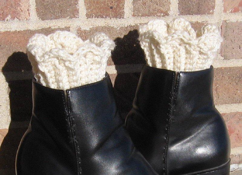 Crochet Boot Cuffs Scallop Edge Handmade Waffle CB1 Ivory