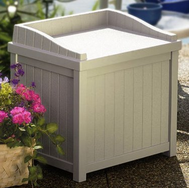 Suncast Preminum Deck Box With Seat MADE In The USA