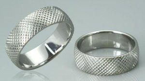 DIAMOND CUT SURGICAL STEEL RING