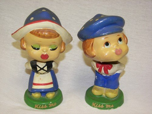 Vintage Dutch Kissing Noddles