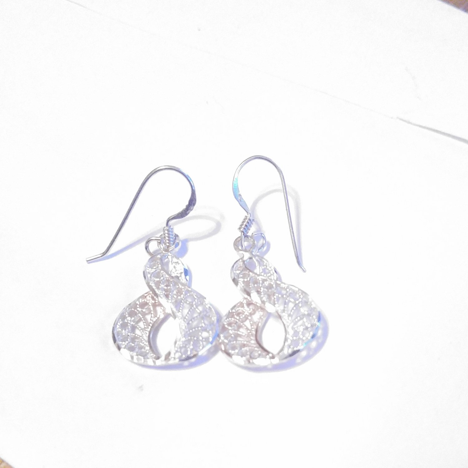 Sterling Filigree Swirled Figure 8 Earrings
