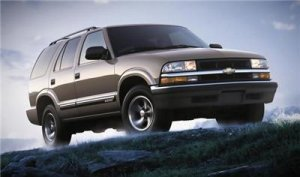 2001 Chevrolet Chevy Blazer SUV Truck Owner Manual Book