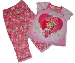 STRAWBERRY SHORTCAKE Girl's Size 3T OR 4T Heart Pajama Set