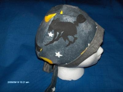 PIXIE SCRUB CAP HALLOWEEN SEASONAL LARGE WITCHES ON BROOM