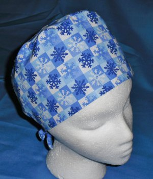 Blue Mens Doctors Scrub Techs Quality Unisex Scrub Hats Medical Caps SNOWFLAKES 2