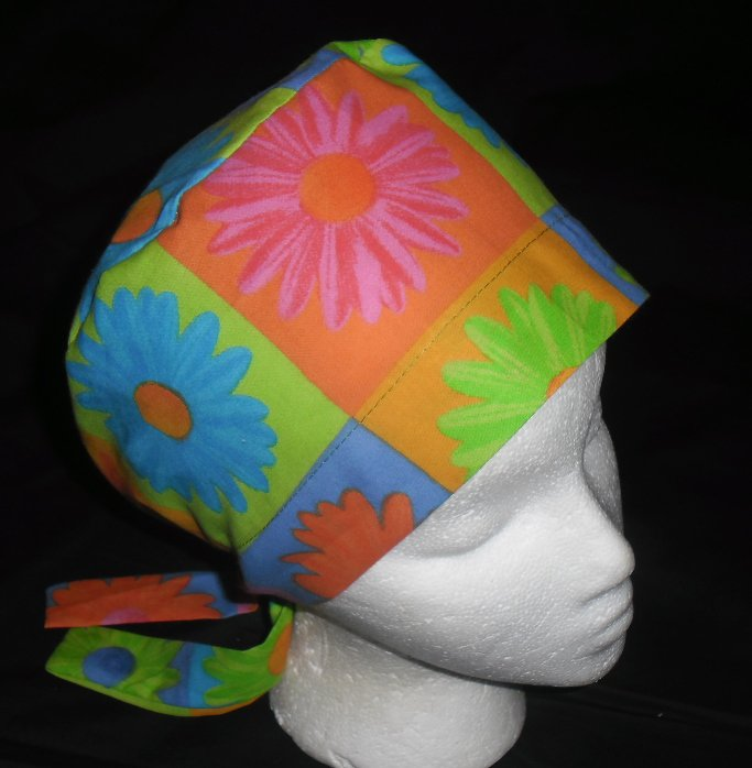 Ladies Womens Surgical Medical OR scrub caps LARGE DAISIES
